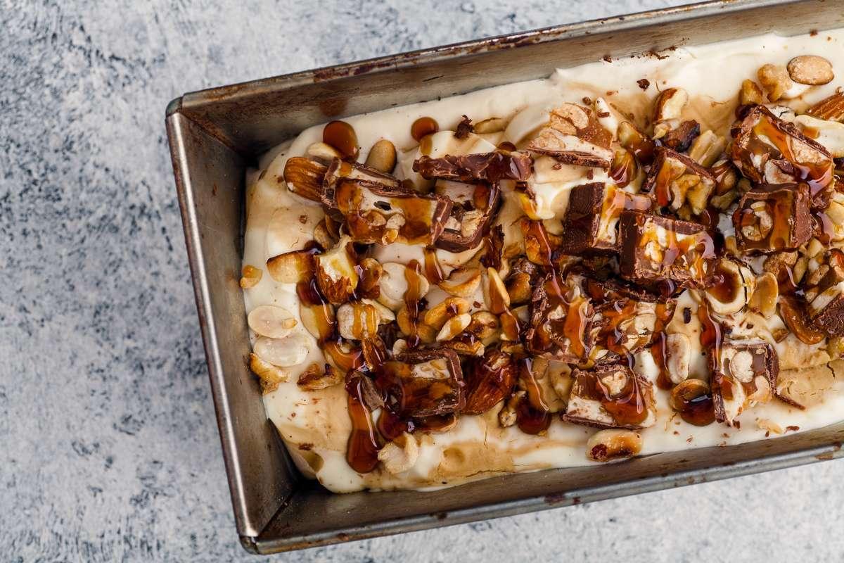Leckeres Eis selber machen - Wie im Eiscafé! Foto: Asya Nurullina/Shutterstock