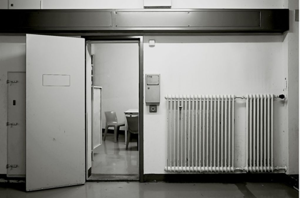 """Andreas Magdanz: """"Flur mit Blick in Zelle 719"""", 2010/2011 Foto: Magdanz/Hatje Cantz"""