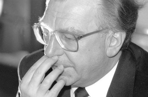 Lothar Späth tritt 1991 wegen Traumschiff-Affäre zurück