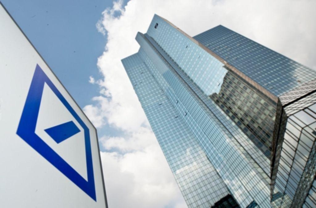 Bisher soll die Deutsche Bank nicht zu einem Vergleich zu bewegen sein, sagt die Stadt Pforzheim. Foto: dpa
