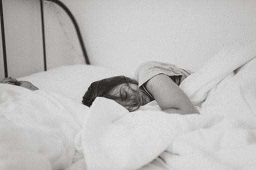 10 Dinge, die dein Schlaf dir sagen will
