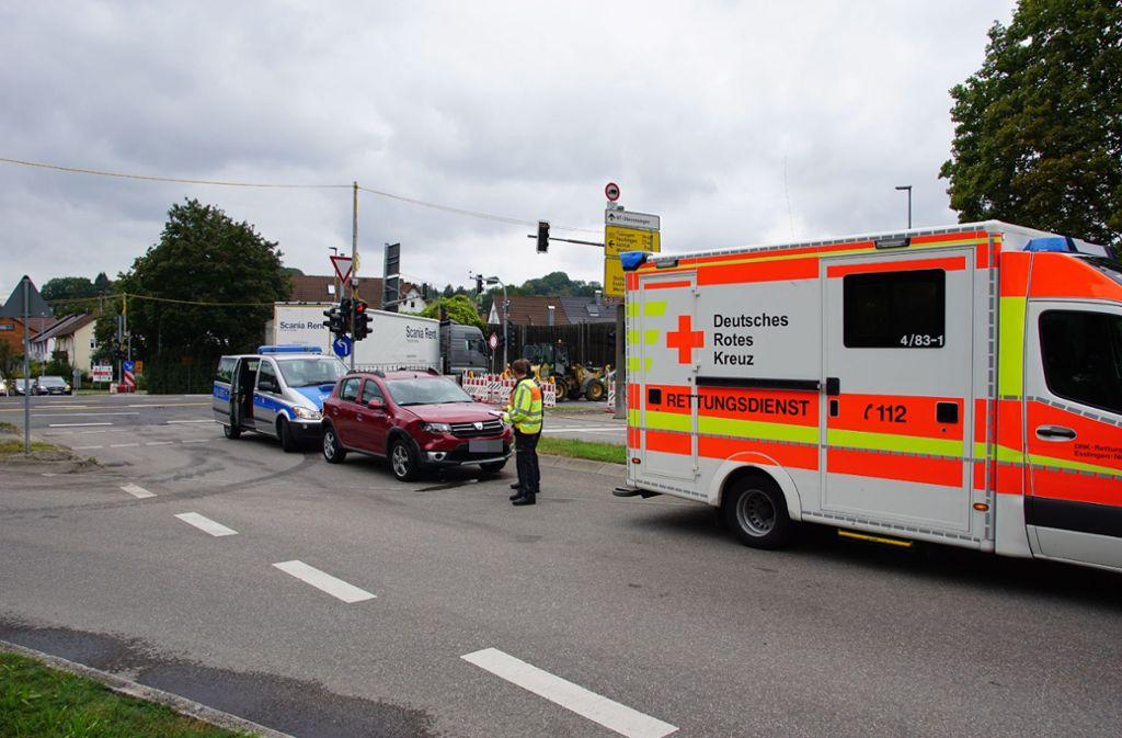 Auf der Kreuzung Wendlinger Straße/Hochwiesenstraße kam es zu dem Unfall. Foto: SDMG
