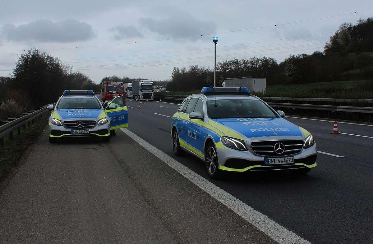 Die A81 ist nach dem Unfall voll gesperrt. Foto: SDMG/SDMG / Hemmann