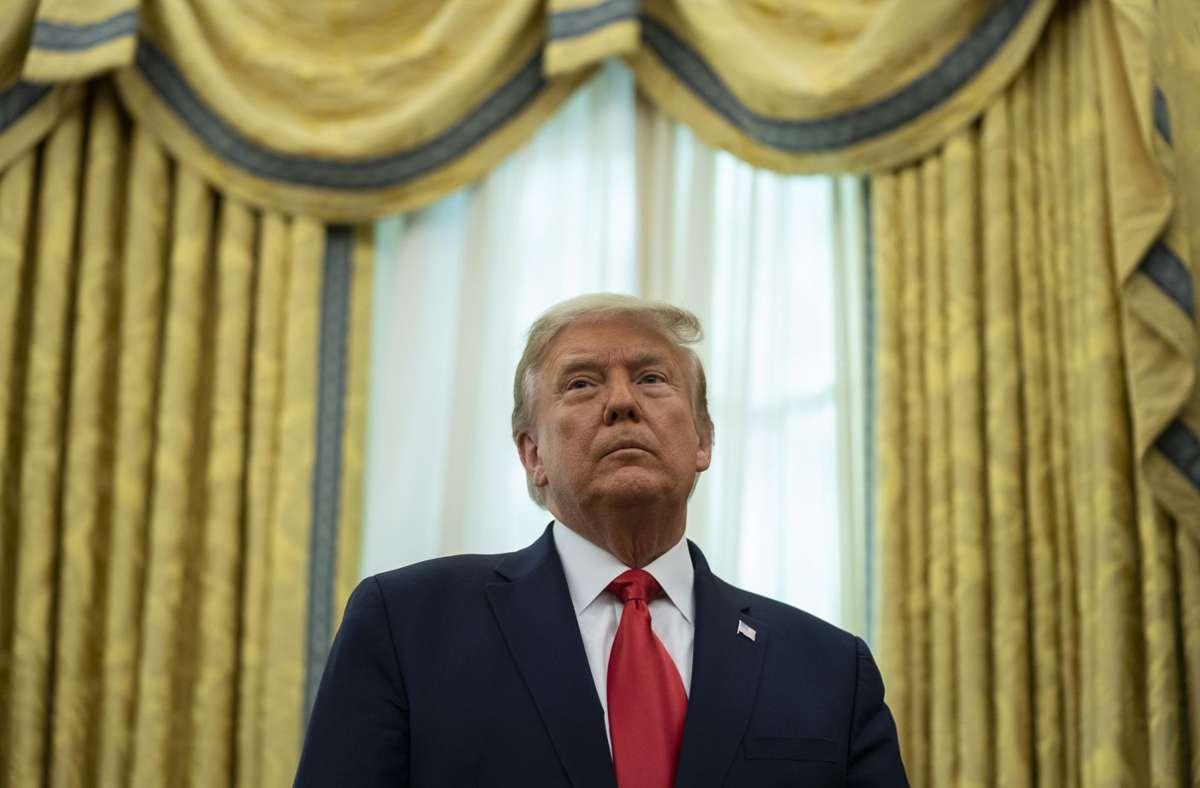 Donald Trump war seit der Wahl am 3. November nur noch selten öffentlich aufgetreten (Archivbild). Foto: dpa/Evan Vucci