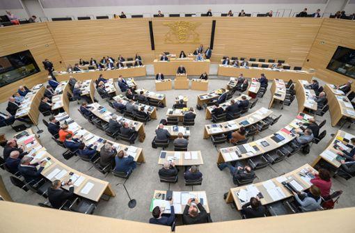Gewerkschaft kritisiert Altersvorsorge für Abgeordnete