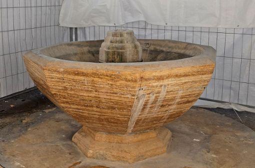 Der Erbsenbrunnen wird saniert