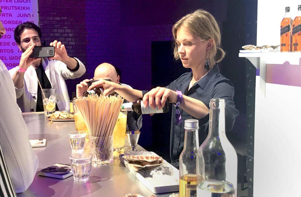 Yvonne Rahm vertritt Deutschland bei Weltmeisterschaft der Bartender 2018 in Berlin. Foto: Hildebrandt