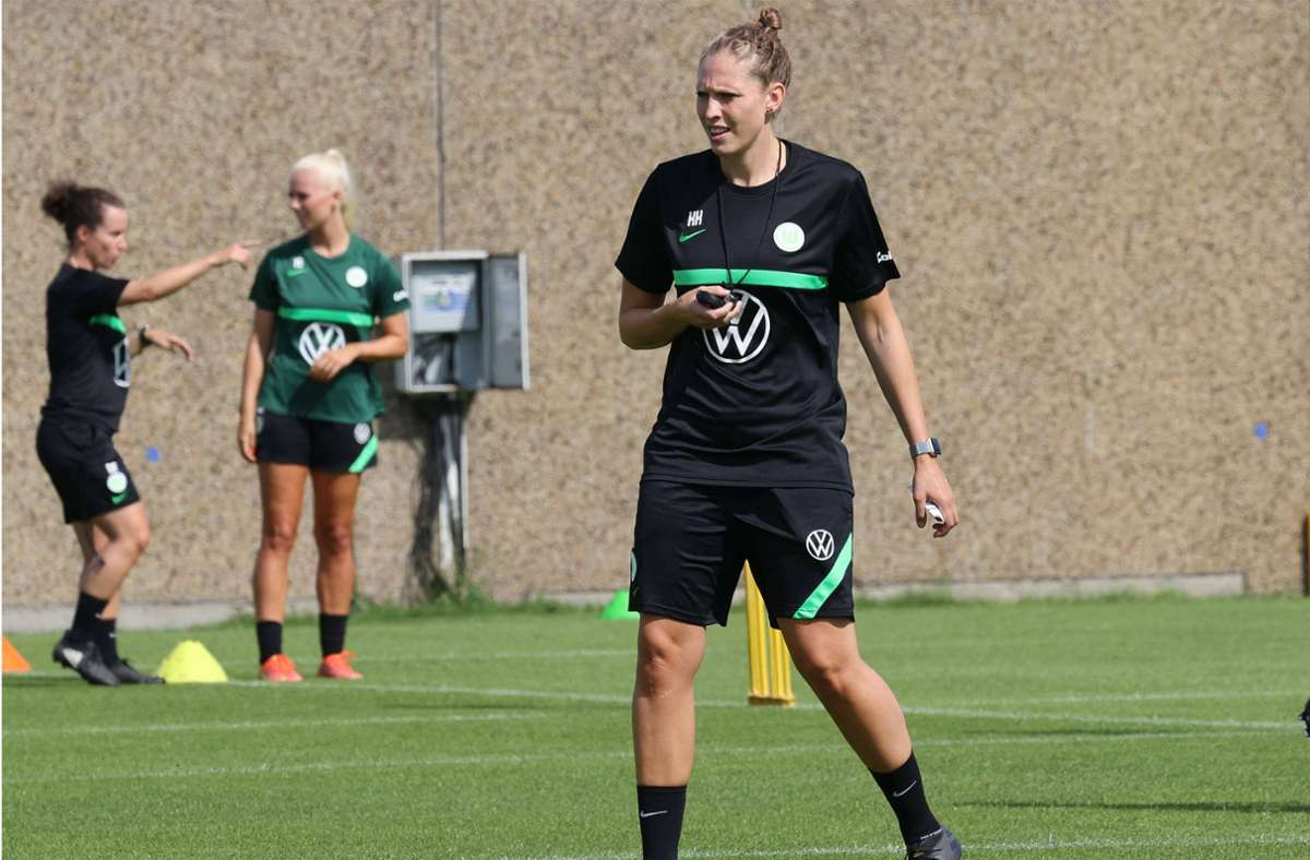 Co-trainer at VfL Wolfsburg: Kim Kulig argues for extra professionalism in German ladies's soccer