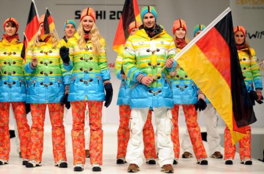 Die farbenfrohe Kollektion für das deutsche Team bei den XXII. Olympischen Winterspielen in Sotschi ist eine Hommage an München 1972 und eine Werbung für eine erneute Kandidatur der Stadt für 2022.  Foto: dpa