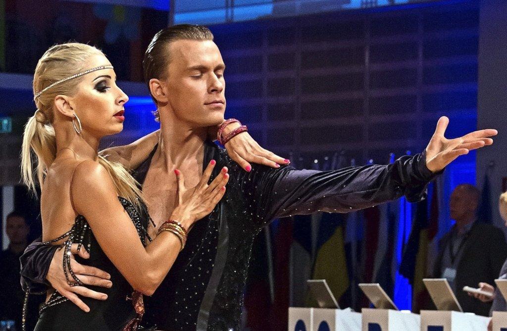 Lars  Olav    Eltervaag     gibt die Richtung vor. Mit            Alexandra      Ciosinska       tanzt  er seit  dem   vergangenen  Jahr. Foto: privat