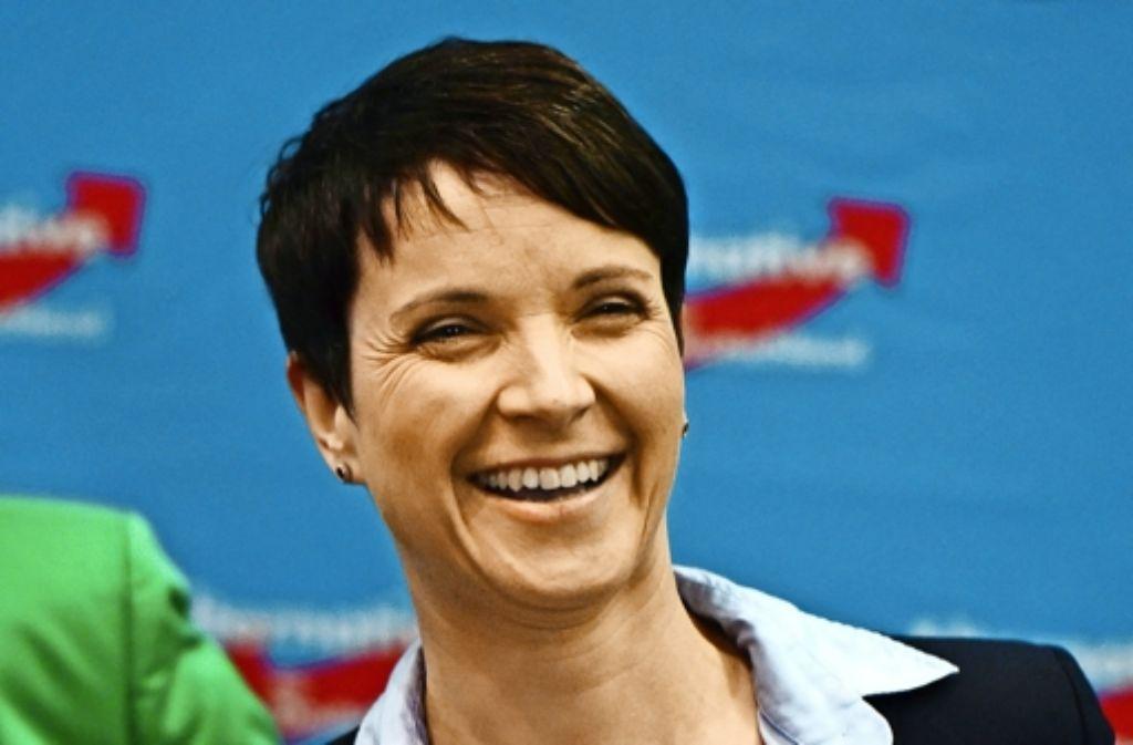Frauke Petry hat gut Lachen: Ihr Kurs der Zuspitzung war höchst erfolgreich. Foto: AFP