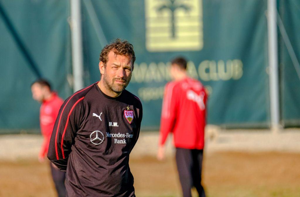 Markus Weinzierl bleibt Trainer beim VfB Stuttgart – zumindest bis zum nächsten Spieltag. Foto: dpa
