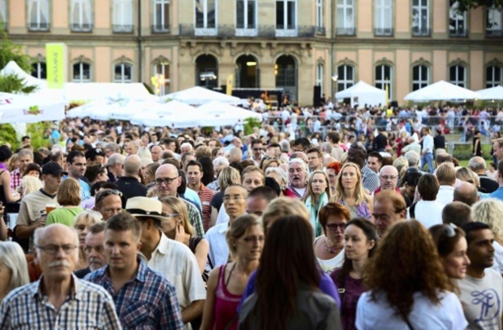 Das Sommerfest und andere Events locken regelmäßig Tausende in die City – und bringen den Anwohnern Lärm. Foto: Michael Steinert