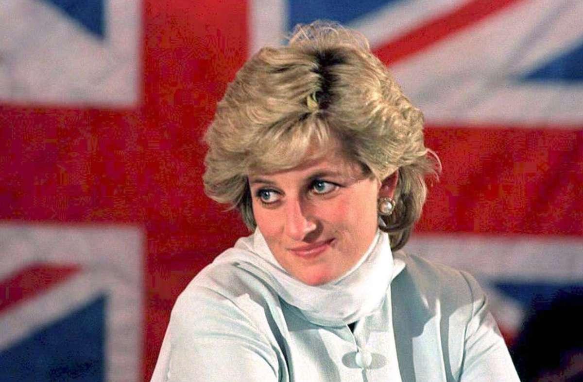 Drei Jahre lang lebte Diana damals schon von ihrem Mann getrennt, der eine lange Affäre mit Camilla Parker Bowles hatte. Foto: dpa/John Giles
