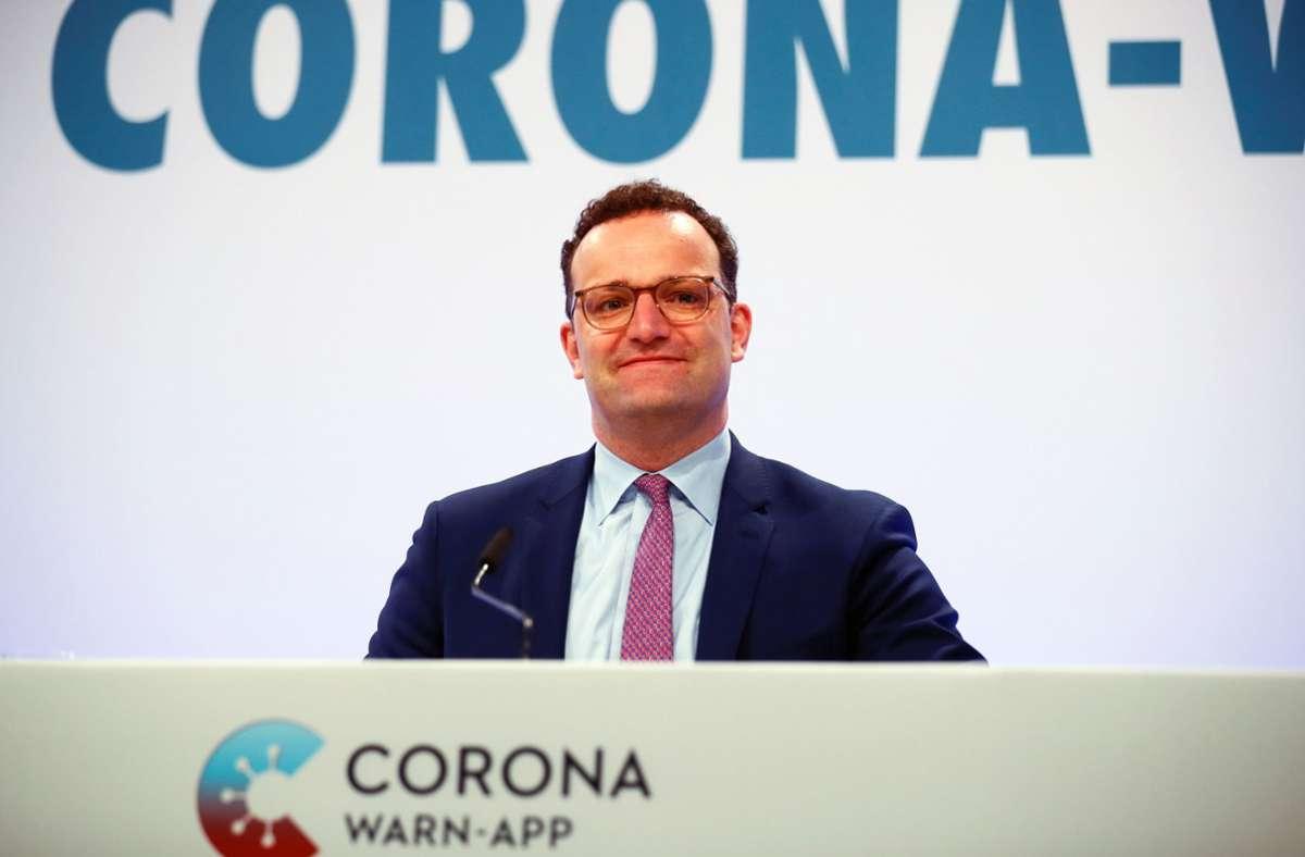 """Jens Spahn (CDU)warnt vor der bundesweiten Gefahr durch regionale Corona-Hotspots. """" Foto: dpa/Hannibal Hanschke"""