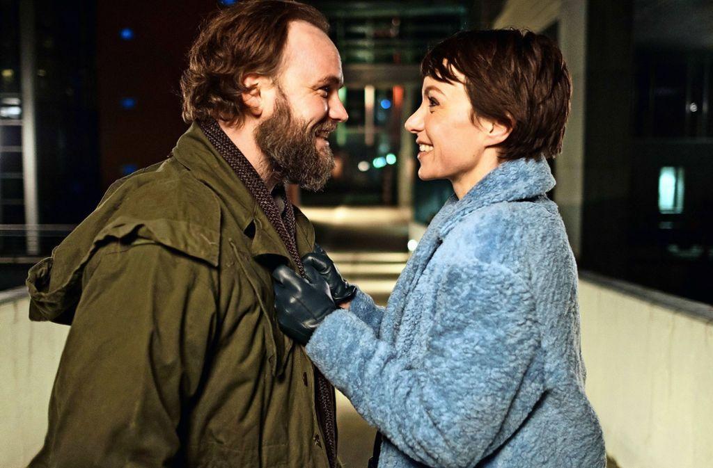 Lichtblick: Gerold (Thomas Stipsits) und Rebecca (Julia Koschitz) Foto: BR; ORF//Petro Domenigg