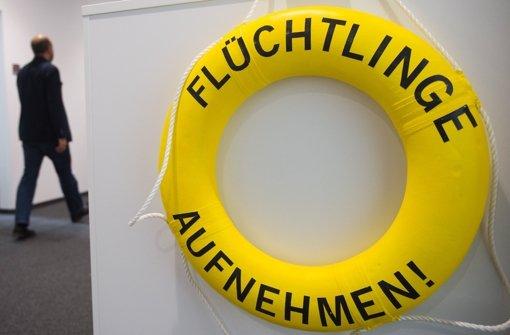 In den Büroräumen von Amnesty International hängt   eine deutliche Botschaft. Foto: dpa