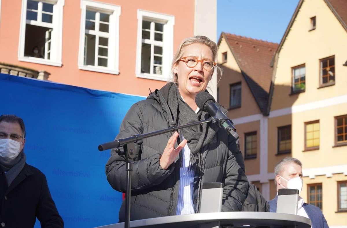 Alice Weidel in Schorndorf am Rednerpult. Foto: Andreas Rosar/Fotoagentur-Stuttgart