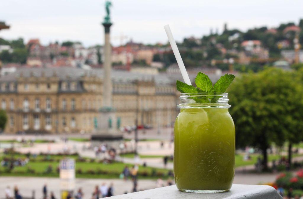 Hausgemachte Limonaden sind das Trendgetränk des Sommers. Foto: Sabrina Höbel
