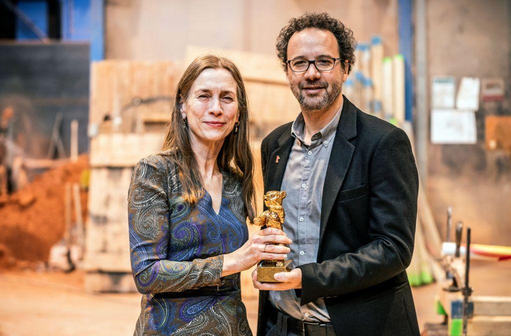 Das neue Berlinale-Führungsduo Mariette Rissenbeek und Carlo Chatrian Foto: dpa/Michael Kappeler