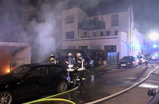 Brandserie hält Feuerwehr in Atem