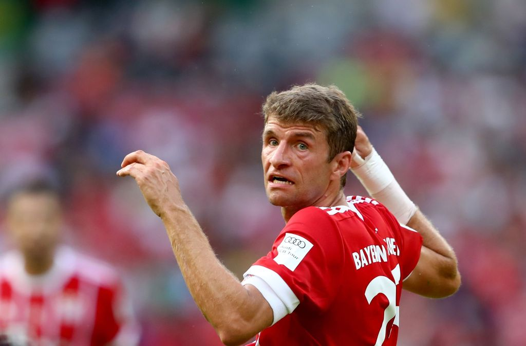 Nicht zufrieden mit dem Spiel seiner Mannschaft: Stürmer Thomas Müller. Foto: Getty