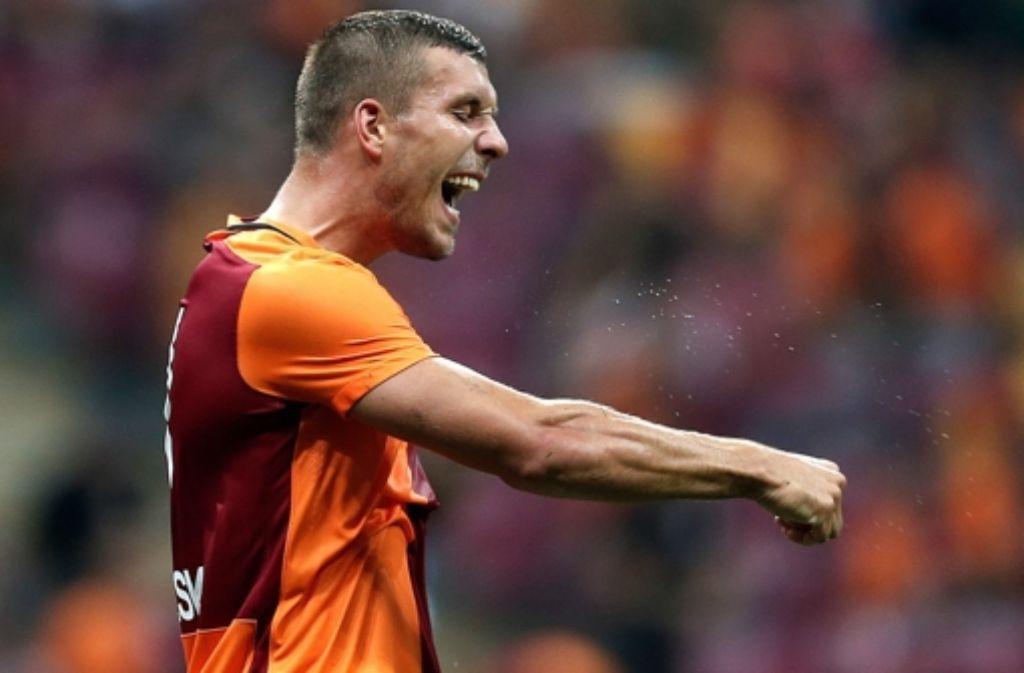 Der Podolski-Club Galatasaray Istanbul darf ein Jahr lang nicht auf der europäischen Fußball-Bühne auftreten. Foto: dpa