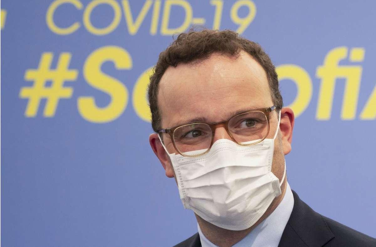 Gesundheitsminister Jens Spahn wagt eine Prognose zum Beginn der Impfung der Bevölkerung. (Archivbild) Foto: dpa/Frank Rumpenhorst