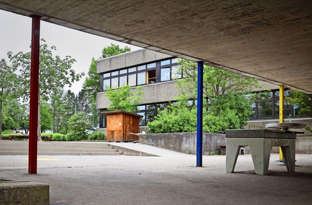 Die Schule ist in die Jahre gekommen – sie muss saniert werden.Foto: factum/Simon Granville Foto: