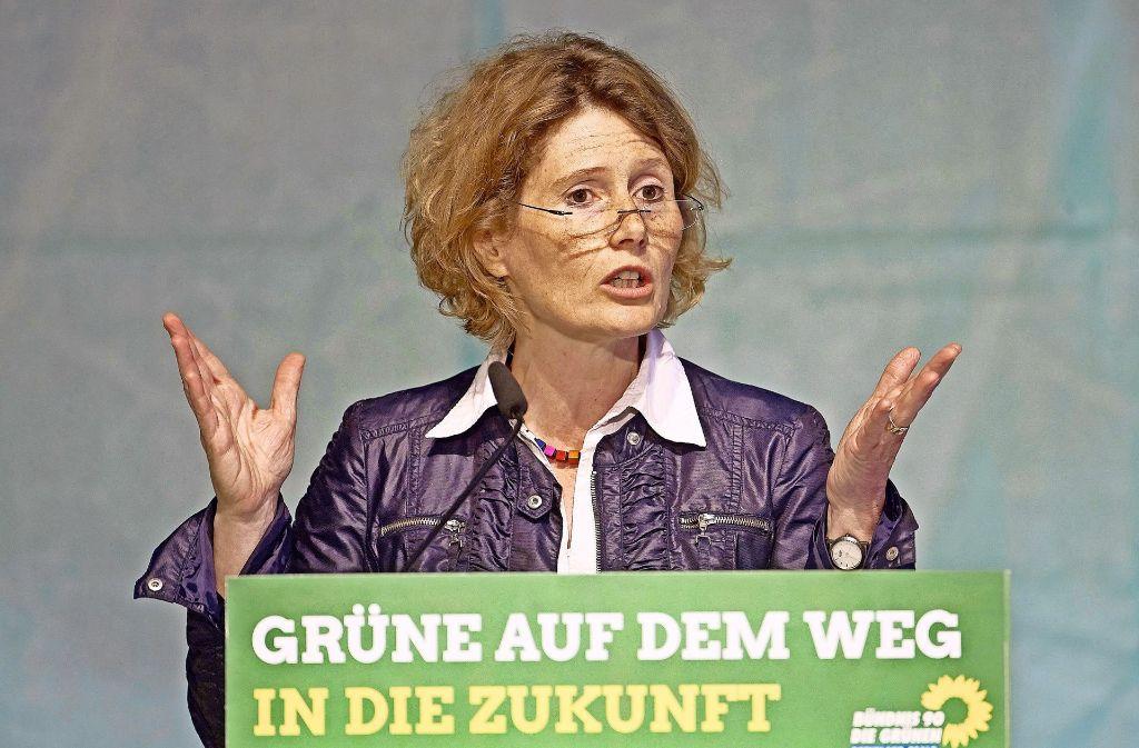 Ihre eigene Zukunft liegt in Karlsruhe: Ex-Ministerin Eveline Lemke Foto: dpa