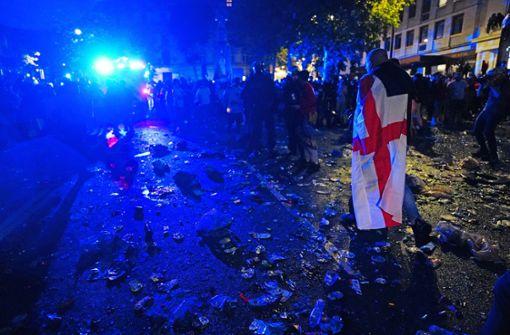 Mann wegen Online-Beleidigung englischer Spieler festgenommen