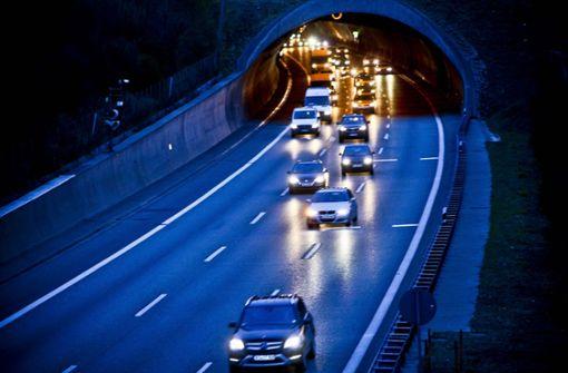 Arbeiten im Engelbergtunnel – Fahrspuren werden gesperrt