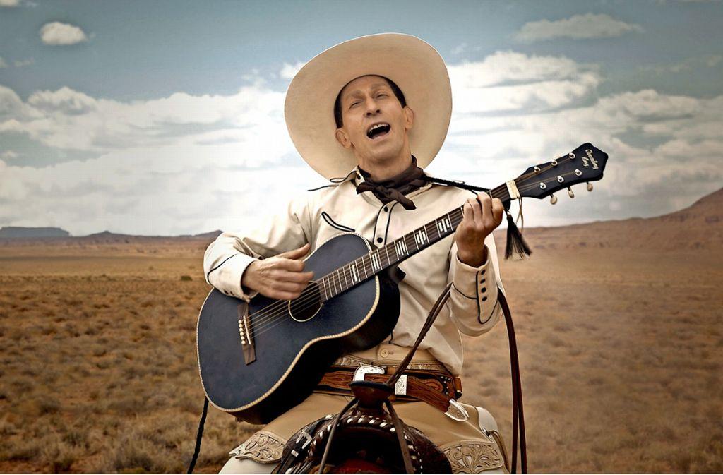 Ein singender Cowboy, aber ein ziemlich irrer: Tim Blake Nelson als Revolverheld Buster Scruggs Foto: Netflix