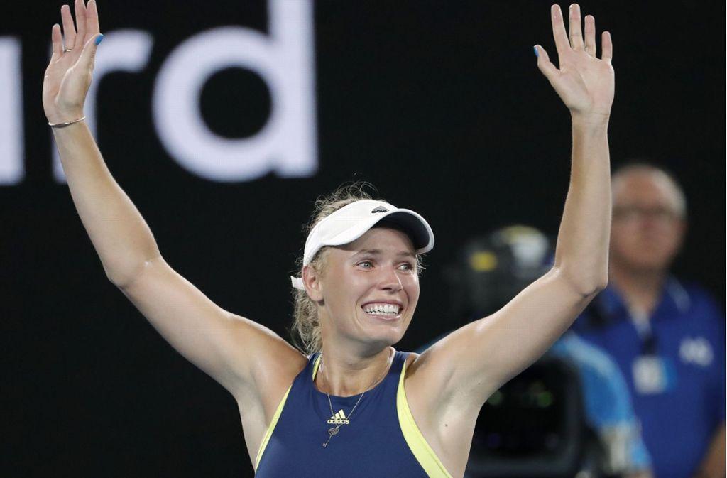 Caroline Wozniacki freut sich über ihren Sieg. Foto: AP
