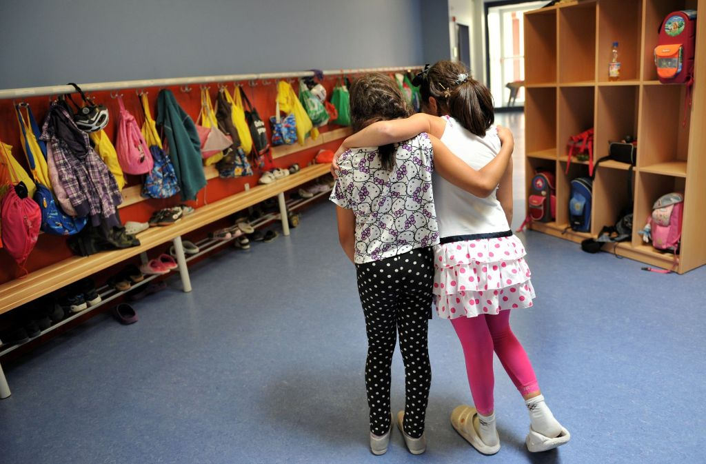 Viele Schüler brauchen eine Ganztagsbetreuung, aber manche Familien wollen solche Gruppen lieber miteinander in Eigenregie organisieren – und außerhalb der Schule. Foto: dpa