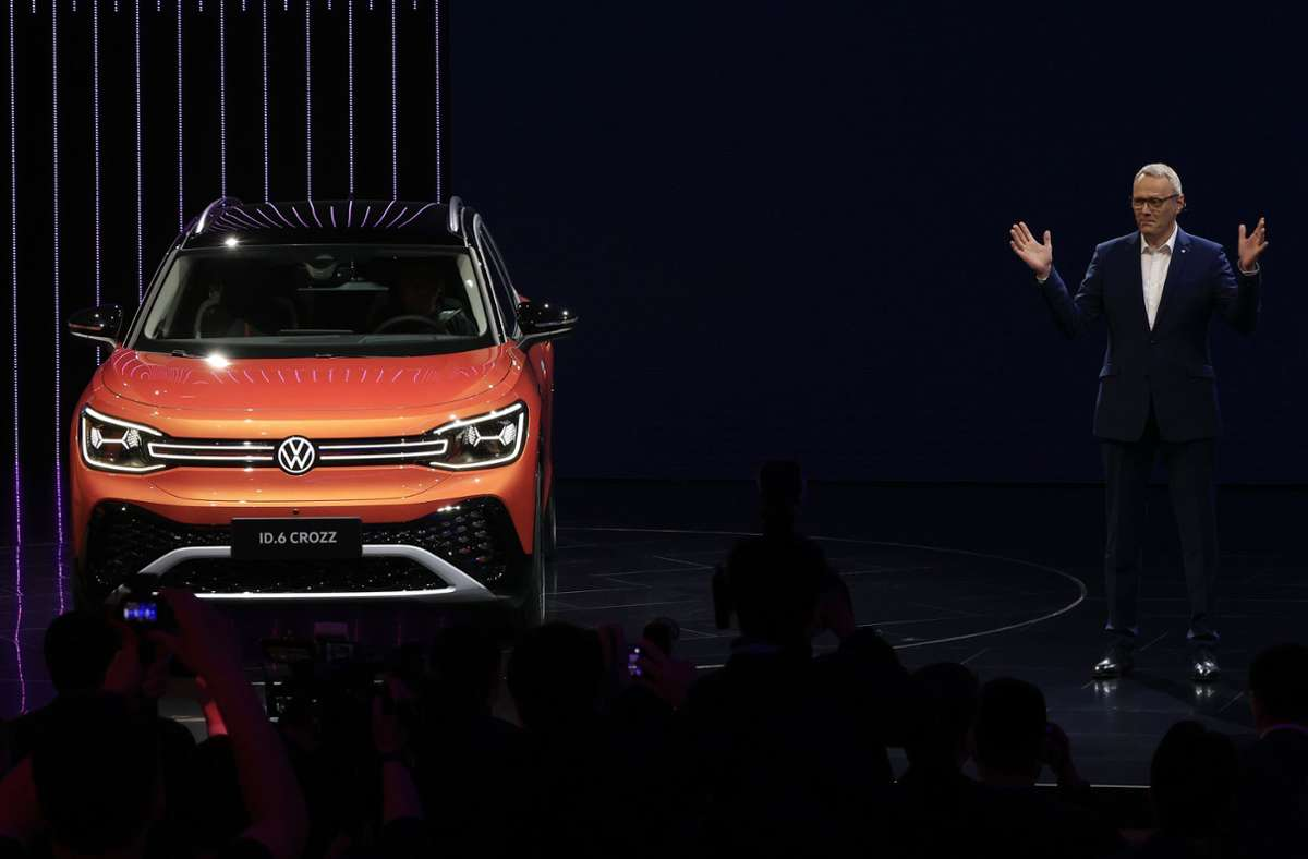 Nach einem langsamen Start haben deutsche Autobauer nach Einschätzung von Experten bei der Elektromobilität in China rasch aufgeholt. Foto: dpa/Ng Han Guan
