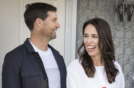 Neuseelands Premierministerin bringt Tochter zur Welt