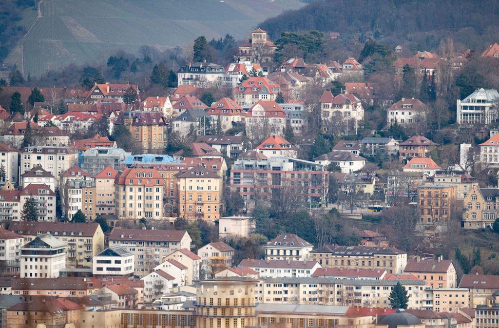Laut einer neuen Auswertung kostet das Wohnen nirgendwo in Deutschland mehr als in Stuttgart. Foto: Fabian Sommer/dpa
