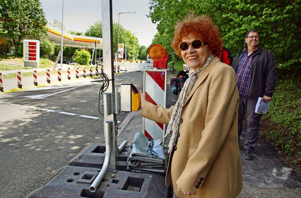 Helga Göpfert ist am Drücker Foto: A. Rosar