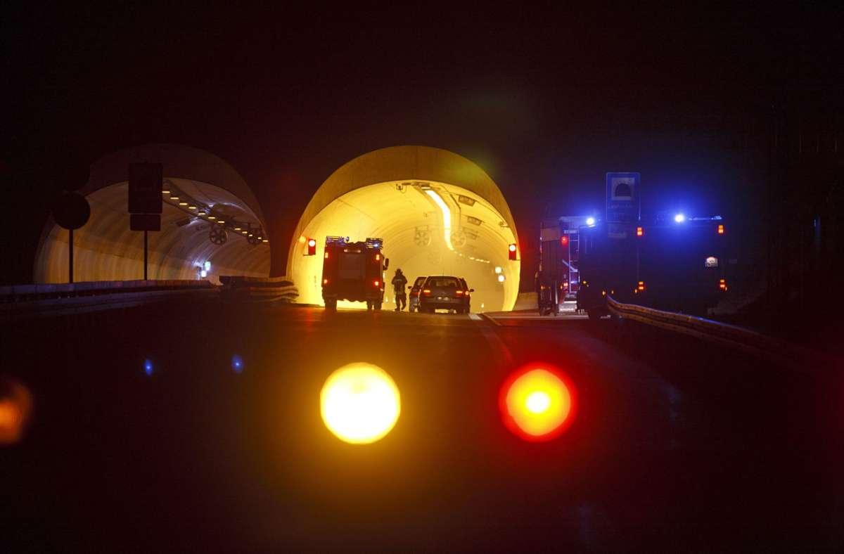 Weil es zu oft im Leutenbachtunnel kracht, soll dort das Tempo reduziert werden. Foto: Gottfried Stoppel