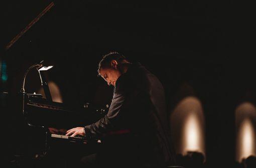 Pianist Dirk Maassen in der Liederhalle Stuttgart
