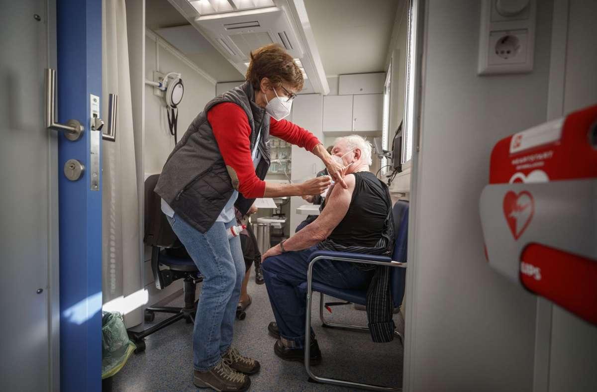 So sieht die mobile Impfpraxis im Inneren aus Foto: Gottfried Stoppel