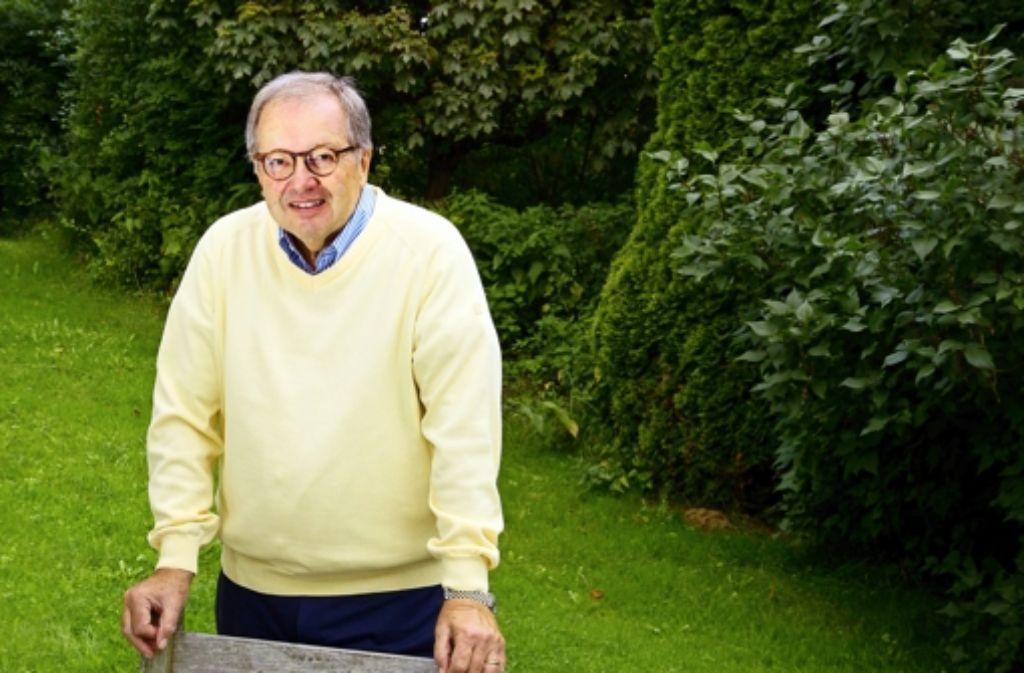 Werner Simmling in seinem Garten. Alle Kandidaten des Wahlkreises Göppingen sehen Sie ind er folgenden Bilderstrecke. Foto: Rudel/Hass
