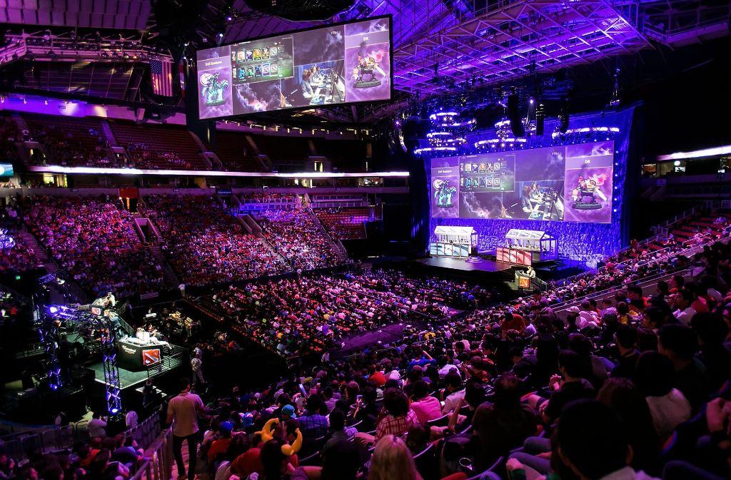 E-Sport als Millionenspiele der Zukunft? Man kann zumindest damit Geld verdienen – wenn man gut ist. Foto: FilmMagic