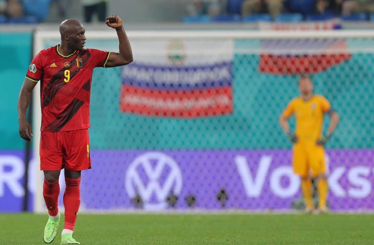 Belgiens Romelu Lukaku feiert das 2:0. Foto: dpa/Igor Russak