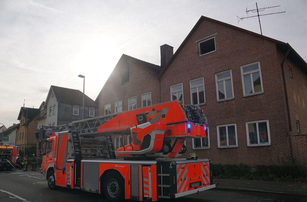 Nach dem Brand ist das Männerwohnheim zunächst nicht bewohnbar. Foto: SDMG/ Woelfl