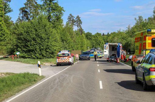 Motorradfahrer bremst zu spät und  verletzt sich schwer