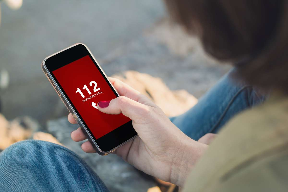 Notruf am Handy absetzen: SOS-Funktion nutzen Foto: McLittle Stock/Shutterstock
