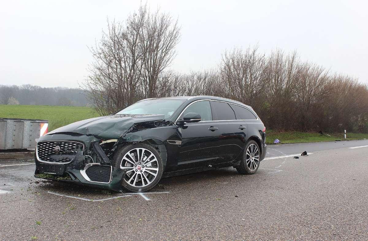 Der Unfall ereignete sich auf der A81 bei Pleidelsheim. Foto: SDMG/SDMG / Hemmann
