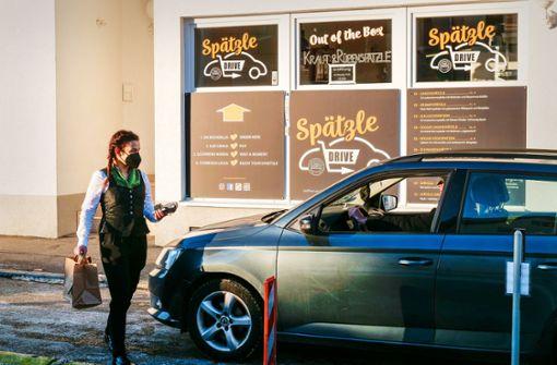 Fernsehkoch Böckle bietet Spätzle-Gerichte im Drive-in an